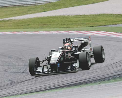 ZF Race Engineering nella classe motorsport di Formula 3