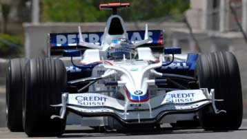 BMW Sauber Formula 1 vehicle with SACHS shock absorbers.