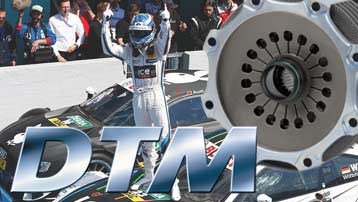 DTM race cars with carbon clutch from ZF Motorsport on the racetrack.